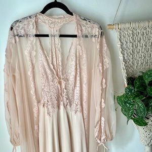 Glydons Vintage made in Hollywood nightgown set